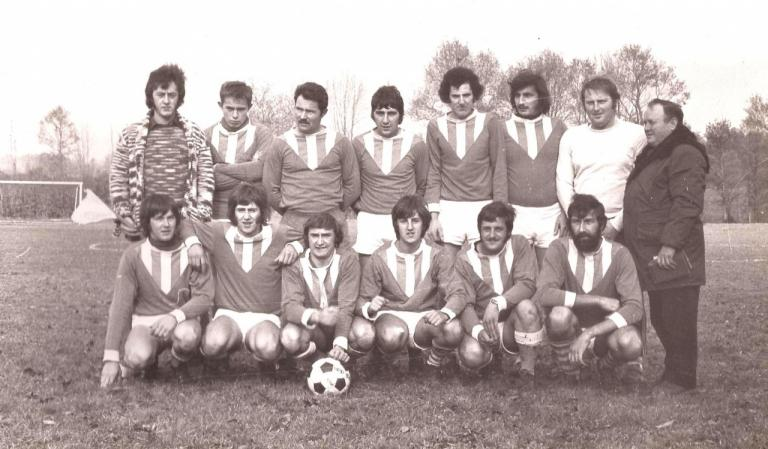 1976.77